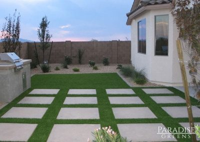 Synthetic Lawn With Pavers in Glendale, AZ